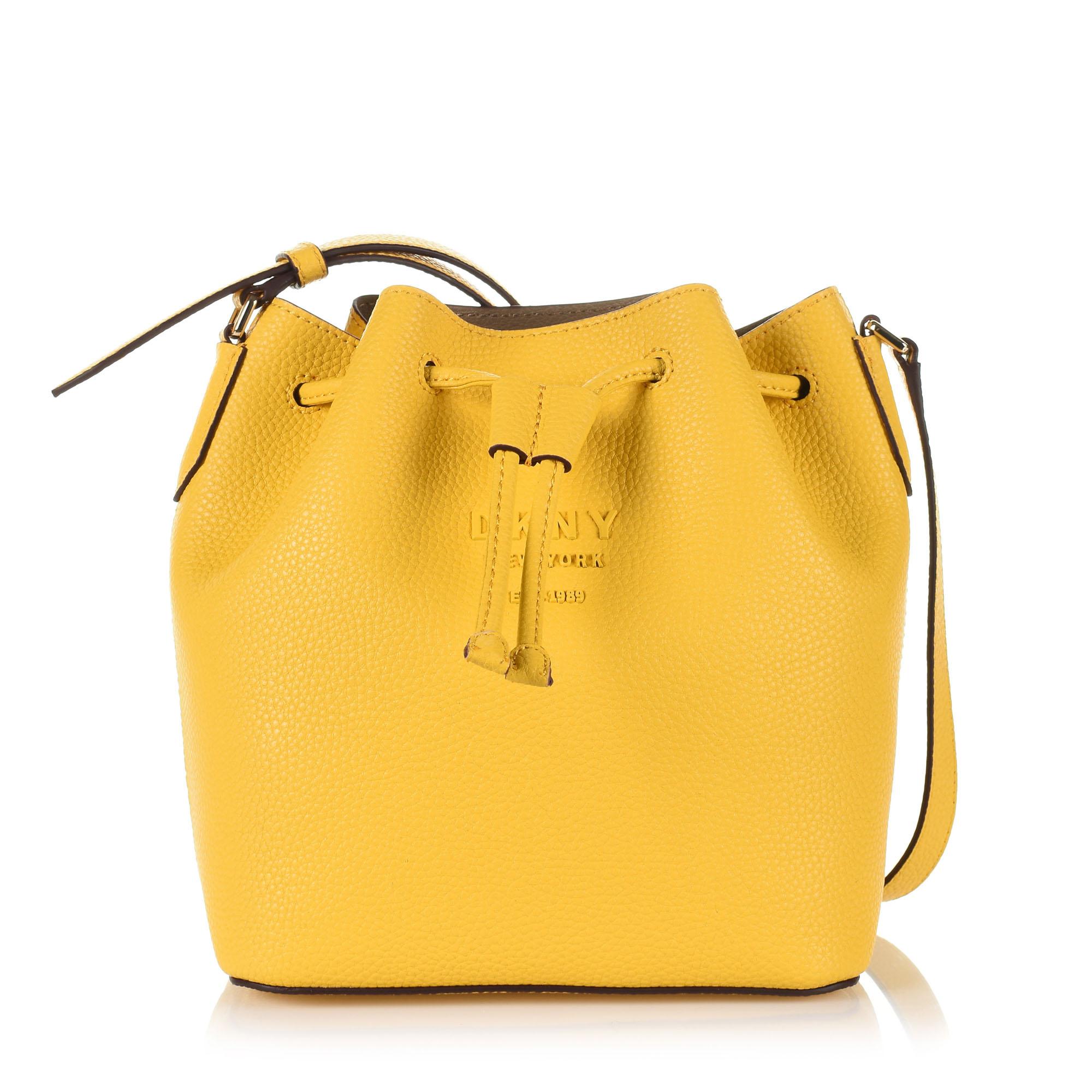 Δερμάτινη Τσάντα Ώμου-Χιαστί DKNY Noho R93JHE13